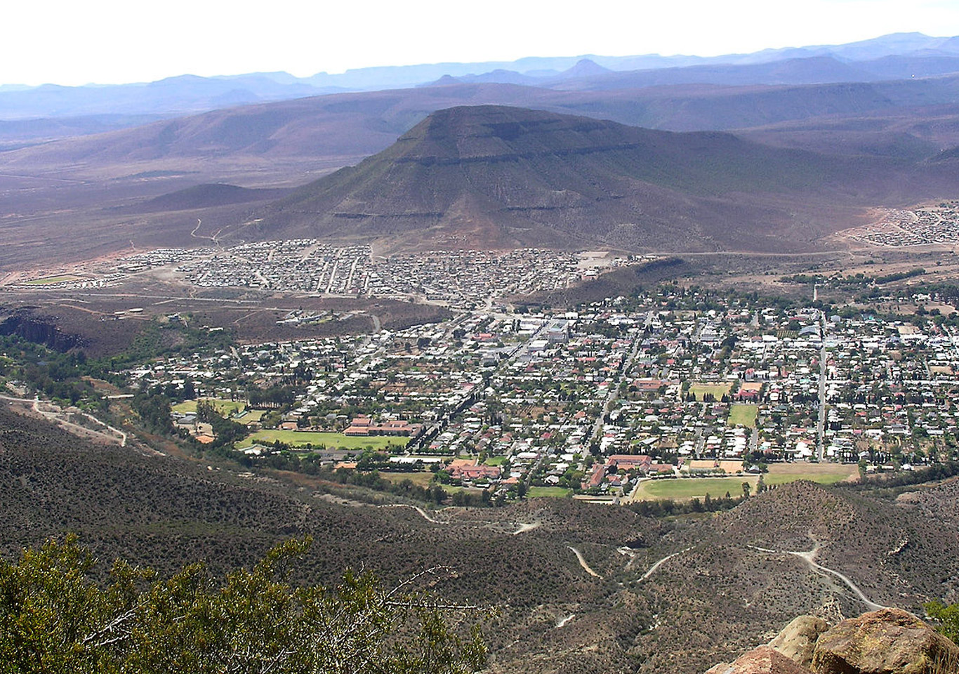 Over looking the town of Graaff Reinet, an amazing ballooning experience.