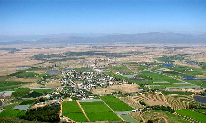 Enjoy the best sites of Riebeek Valley from the air during your hot air ballooning experience.